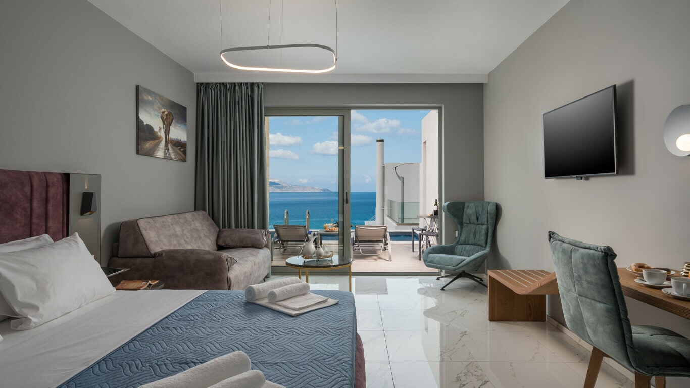 hotel with sea view- business constructions kyriakidis