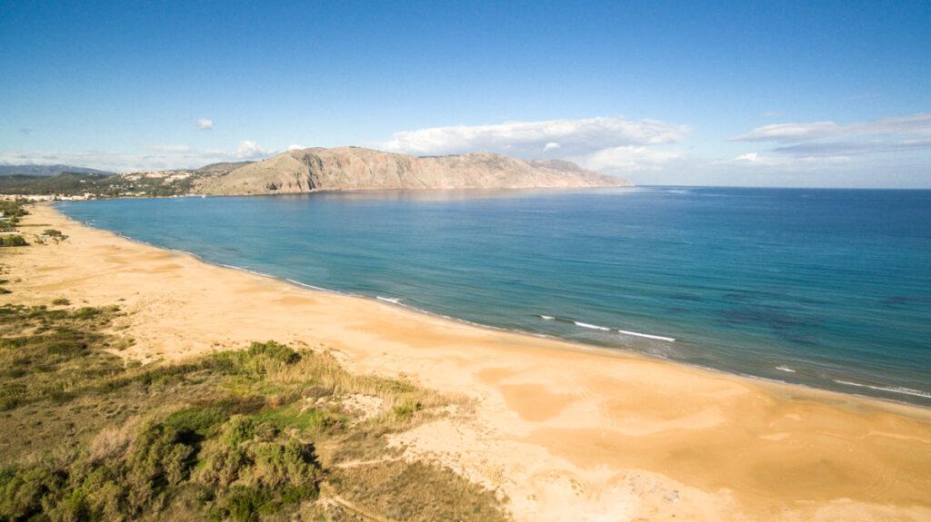 Beachhotel investment in Crete