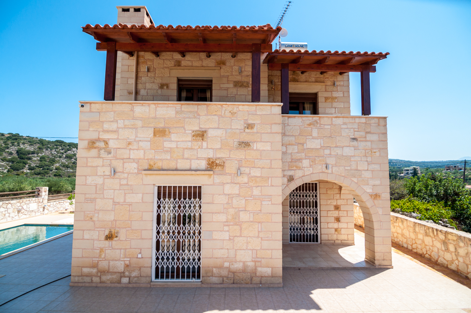 Stone houses and villas for sale in chania