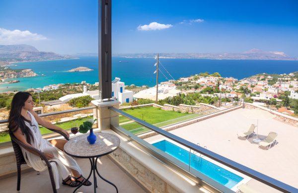 Βίλες στην Κρήτη- Πολυτελής κατοικία με θέα- Κατασκευαστική Κυριακίδης