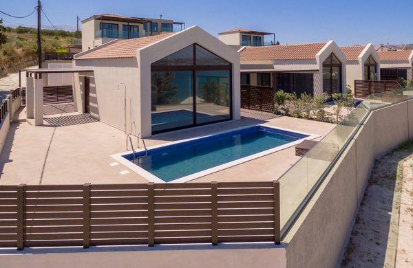 σπίτια προς πώληση στα Χανιά- σπίτι με πισίνα- κατασκευαστική εταιρεία κυριακίδης
